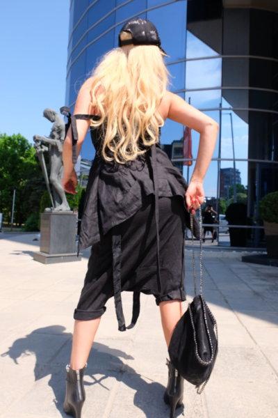Ефектен панталон -потур от черен лен